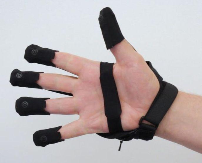 Перчатки FORTE для работы с VR/AR контентом анонсированы